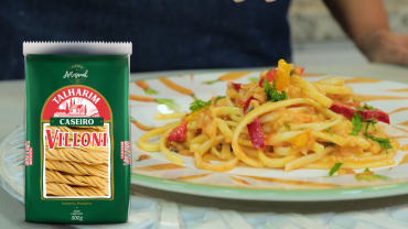 talharim-caseiro-villoni-com-bacalhau-villoni-alimentos